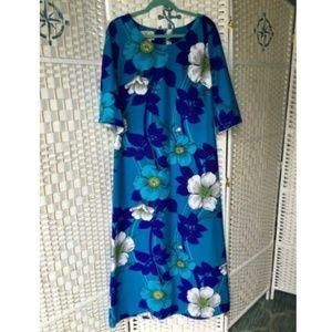 Vintage Bell Sleeve Hawaiian Dress Boho Hippie Mod